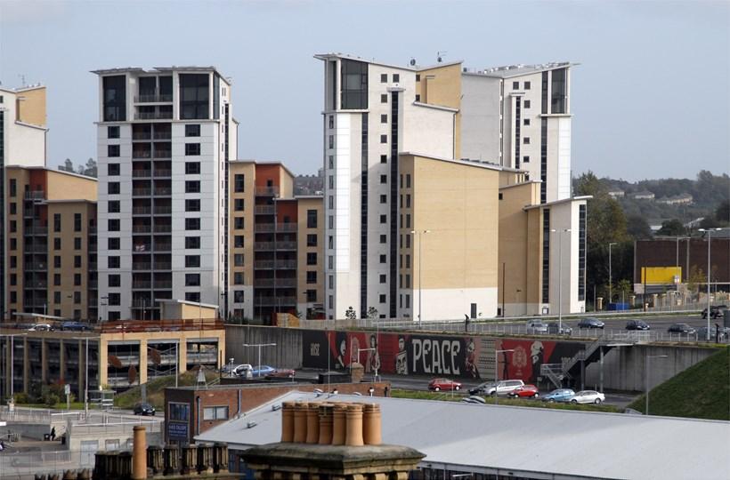 Spank the Monkey: Off-site Project: Gateshead Quays: Shepard Fairey (01)