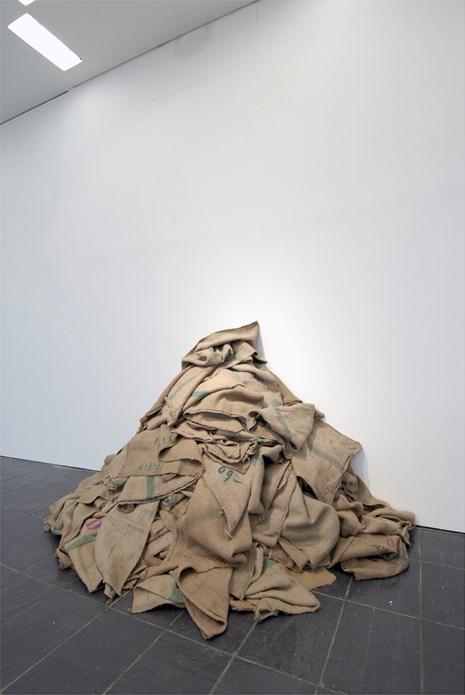 Subodh Gupta: Silk Route: Installation shot (01)