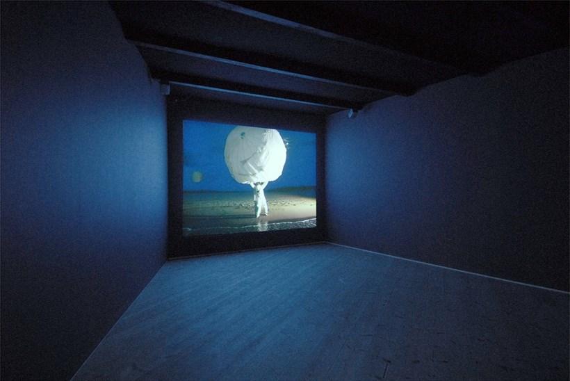 Zoë Walker and Neil Bromwich: Limbo-land: Installation Shot (01)