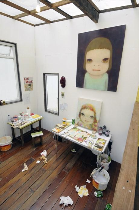 Yoshitomo Nara + graf: A-Z Project: Exhibition Image (04)