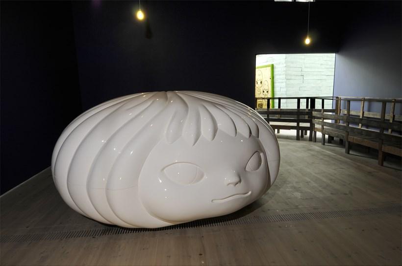 Yoshitomo Nara + graf: A-Z Project: Exhibition Image (09)