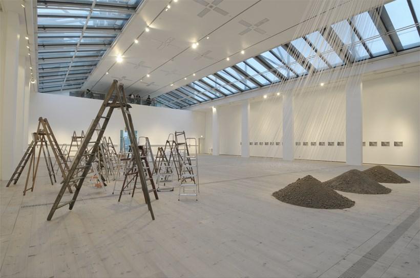 Yoko Ono: Between the Sky and My Head: Exhibition image (01)
