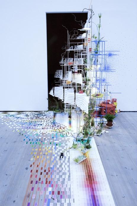Sarah Sze: Tilting Planet: Exhibition Image (08)