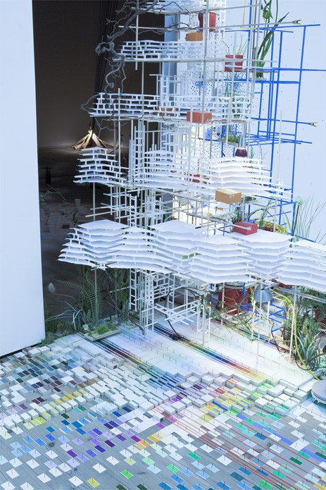Sarah Sze: Tilting Planet: Exhibition Image (07)