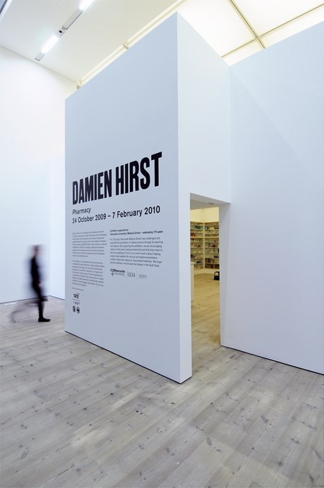 Damien Hirst: Pharmacy: Installation shot (03)