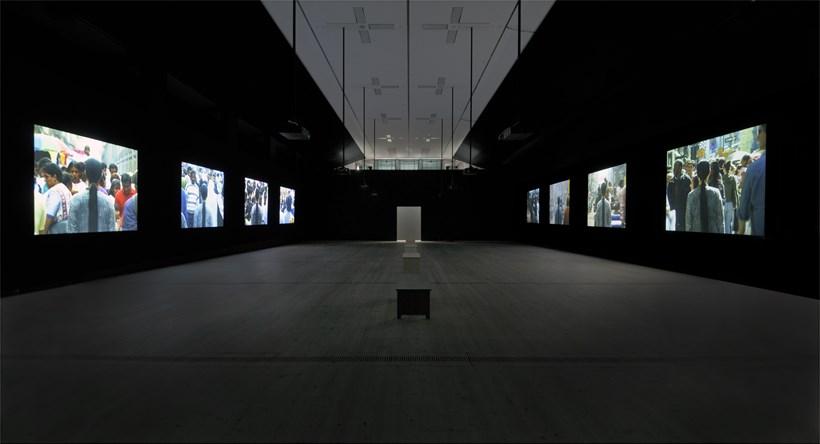 Kimsooja: A Needle Woman: Installation image (01)
