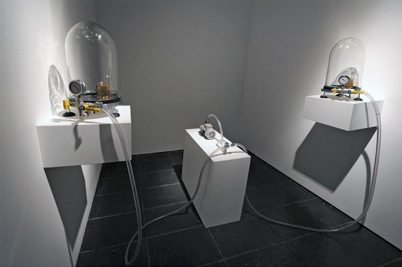 Cage Mix: Sculpture & Sound: Installation shot (06)
