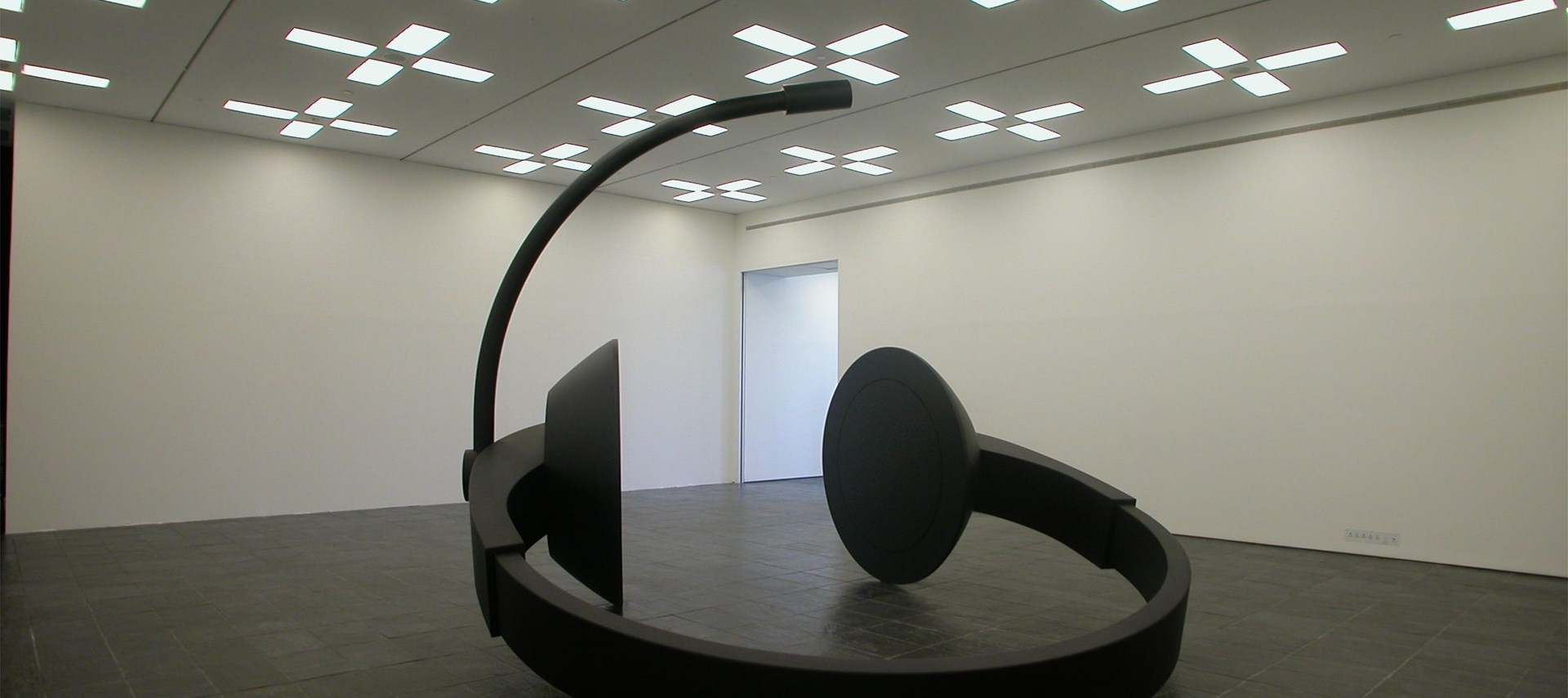 Eva Grubinger: Dark Matter Exhibition (04)