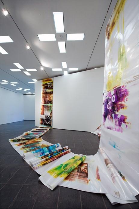 Mariah Robertson: Exhibition Image (04)
