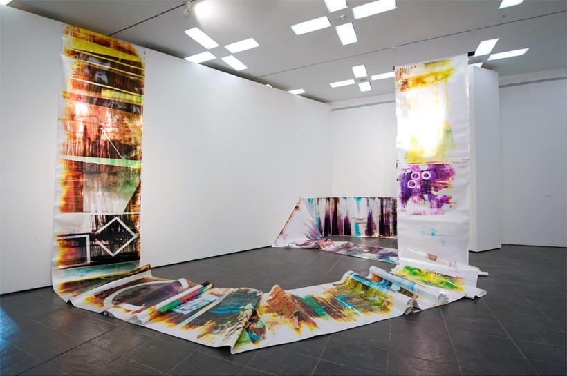 Mariah Robertson: Exhibition Image (05)