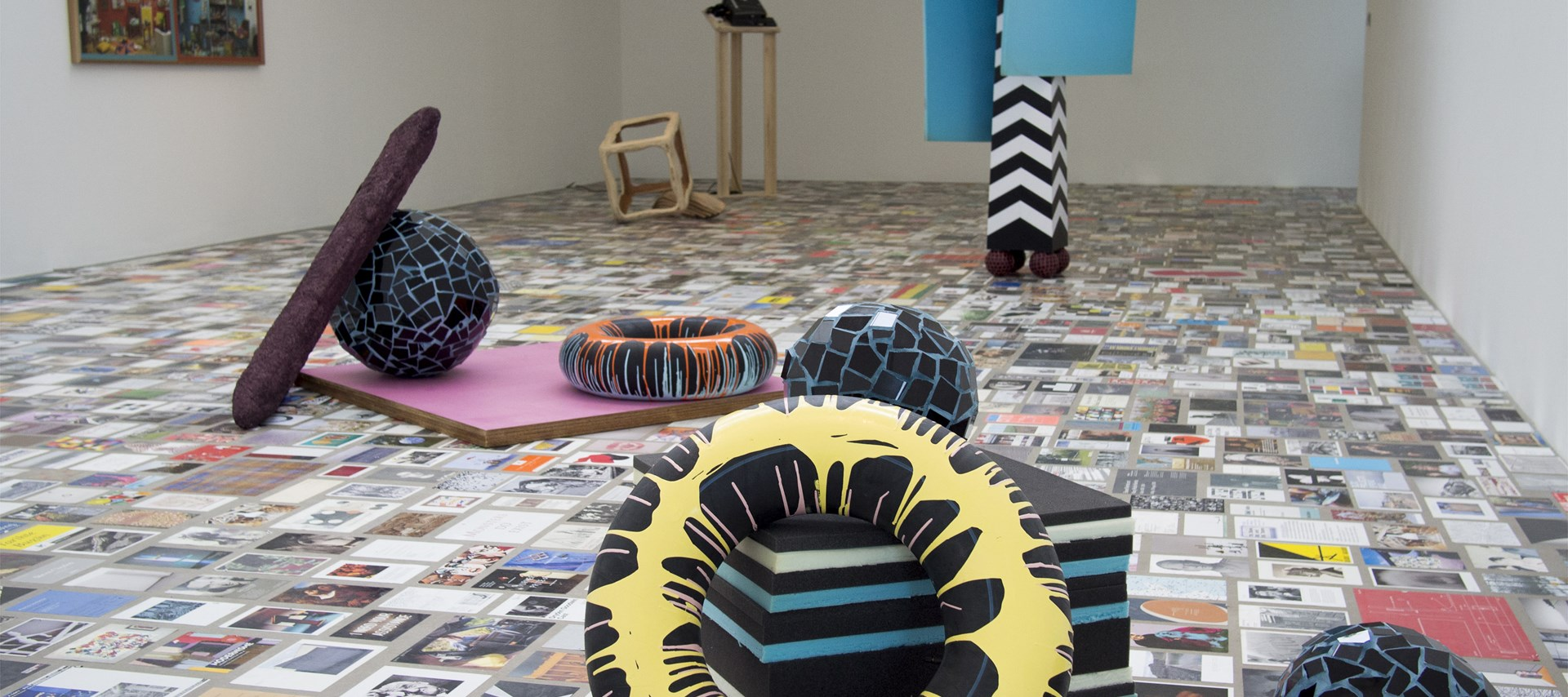 SWITCH: Selected by Phyllida Barlow: Exhibition Image by Mark Pinder © Pinder