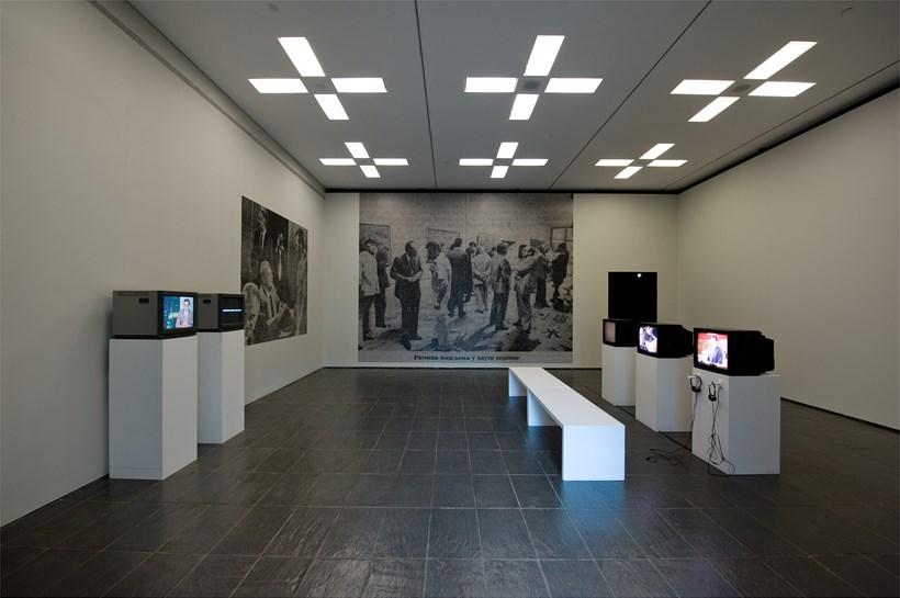 Bojan Fajfric: Theta Rhythm: Installation Image (01)