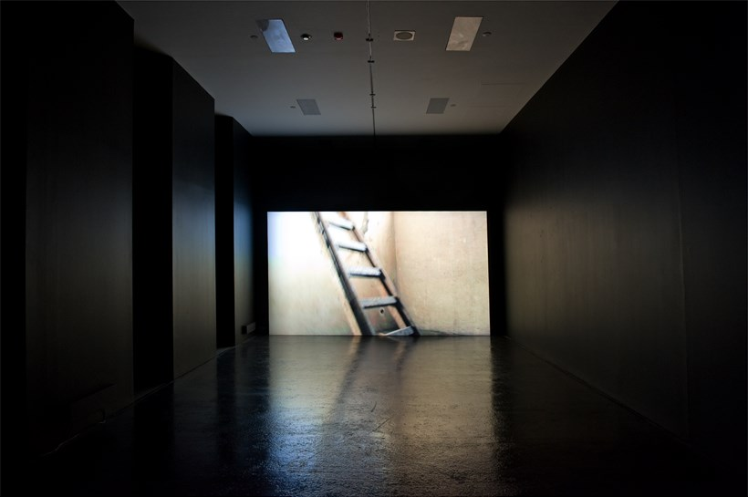 Bojan Fajfric: Theta Rhythm: Installation Image (03)