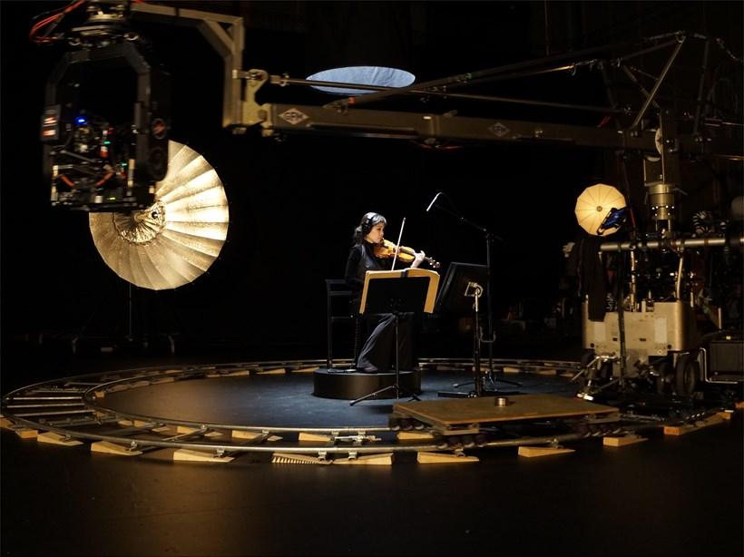 Susan Philipsz: A Single Voice (film still)