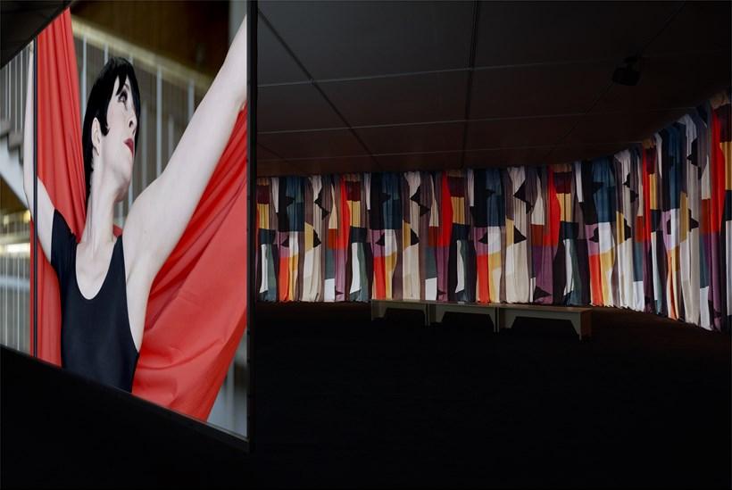 Jasmina Cibic: Nada: Act II: Installation View (02)