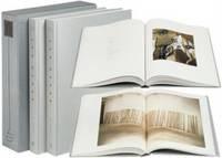 Eva Hesse: Catalogue Raisonné: Volumes 1 & 2: Paintings and Sculpture
