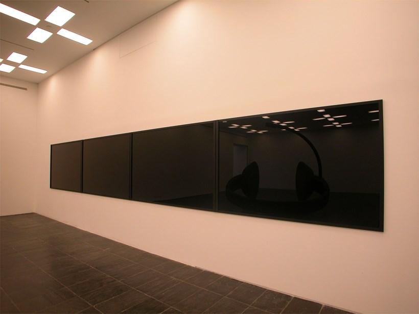 Eva Grubinger: Dark Matter Exhibition (03)