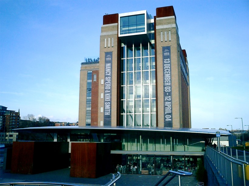 Image of the front of BALTIC, 19 March 2004