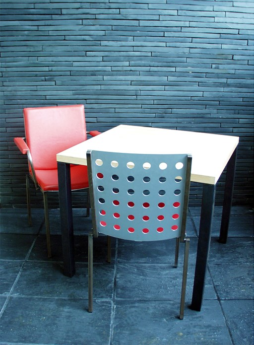 BALTIC: Furniture: October 2001 (02)