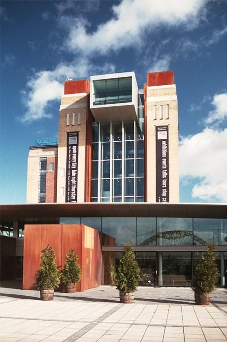BALTIC Centre for Contemporary Art [2003/00/00] West Face and Café/Bar