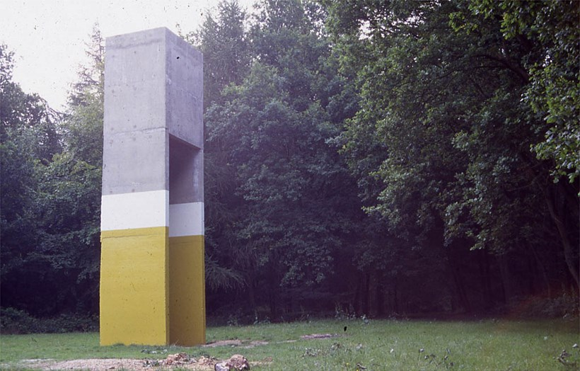 Arena: Tom Woolford: Yellow Concrete (01)